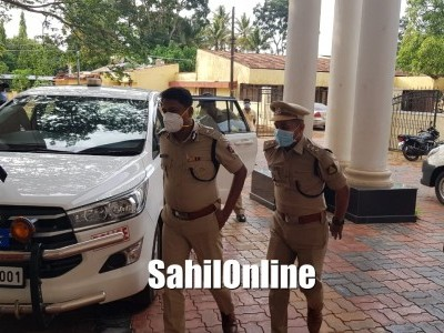Western Range IGP Devajyoti Ray visits Bhatkal; chairs meeting with officials and leaders
