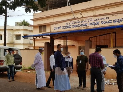 12 New COVID-19 positive cases in Bhatkal in Uttara Kannada; Tanzeem leaders rush to Govt hospital