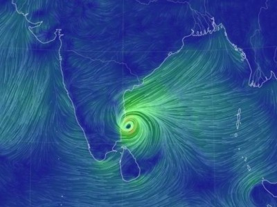 جنوبی ہند میں طوفانِ'نیوار' کی دستک:   طوفان آنے سے پہلے ہی 90فیصد بھر چکے ڈیم سے پانی چھوڑ دیاگیا