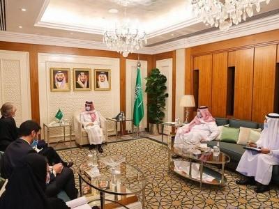 سعودی وزیر خارجہ اور اقوام متحدہ مندوب کی شام کے بحران پر بات چیت