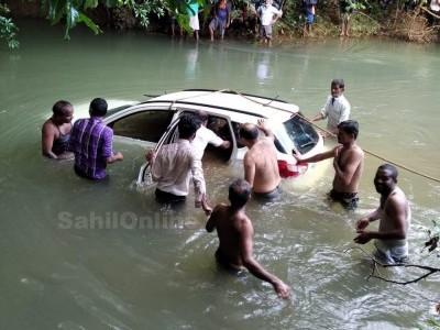 Car falls off bridge near Sirsi; 3 dead