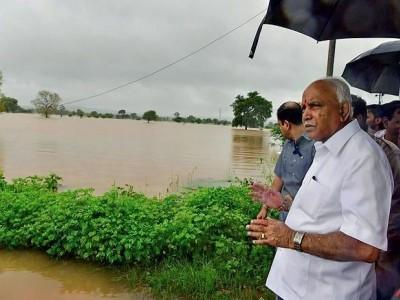 کرناٹک کے وزیر اعلی بی ایس یدیورپا نے سیلاب سے متاثرہ اضلاع کا فضائی سروے کیا