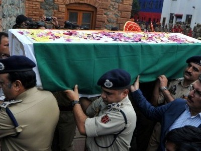 جموں و کشمیر میں گزشتہ تین دہائیوں کے دوران 1500 پولیس اہلکار جاں بحق