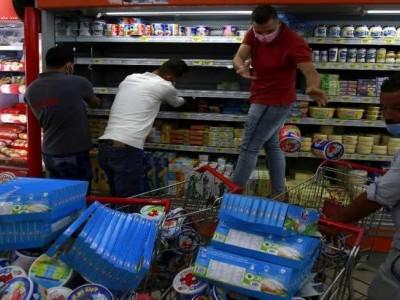 توہین رسالت معاملہ میں عرب دنیا متحد؛ مصنوعات بائیکاٹ مہم سے گھٹنے ٹیکنے پر مجبور ہوا فرانس