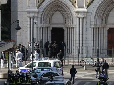 فرانس میں چرچ کے قریب چاقو سے حملہ، تین افراد ہلاک