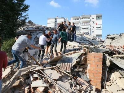 شدید زلزلہ کے جھٹکے سے لرزاٹھا ترکی، متعدد افراد کی موت،سینکڑوں زخمی،کئی عمارتیں منہدم،یونان میں بھی زلزلہ، سونامی کی وارننگ