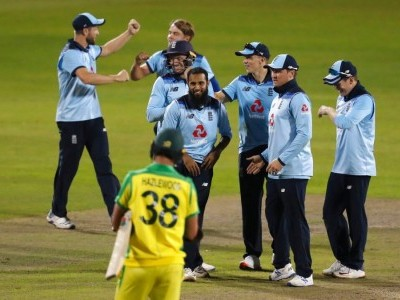 Australia collapses as England wins 2nd ODI by 24 runs