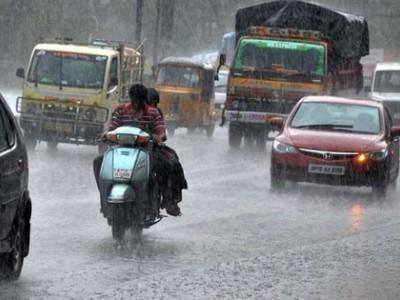 گلبرگہ میں گزشتہ چار دنوں سے زبردست بارش ، ٹریفک متاثر،نشیبی علاقوں میں کئی مکان منہدم