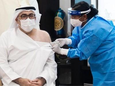 یو اے ای میں کووڈ ویکیسین کے آزمائشی مرحلے کے نتائج حوصلہ افزا،معمولی ضمنی اثرات،وزیر صحت نے سب سے پہلے ٹیکہ لگوایا