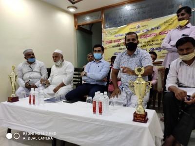 بھٹکل : رویل اسپورٹس ہال میں میونسپالٹی حکام کی عوامی میٹنگ؛ اسسٹنٹ کمشنر کے سامنے پیش کئے گئے علاقہ کے مسائل