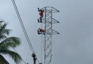 بھٹکل میں نیشنل ہائی وے کی توسیع کے ساتھ ہی الیکٹرک کھمبوں کی شفٹنگ کا کام جاری