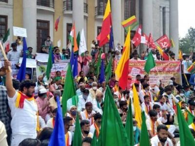 کسانوں کا احتجاج جاری، کرناٹک بند، کسانوں کے احتجاج کو مسلم تنظیموں کی بھی ملی حمایت