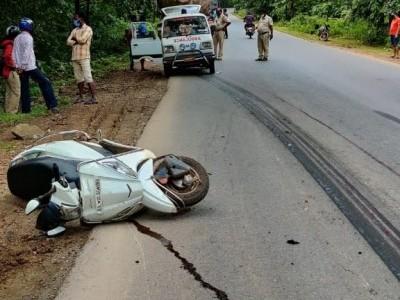 Fireman, daughter killed in Yellapur road mishap