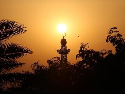 سعودی عرب میں پہلا روز 14 گھنٹے 12 منٹ جبکہ آخری 14 گھنٹے 42 منٹ کا ہو گا