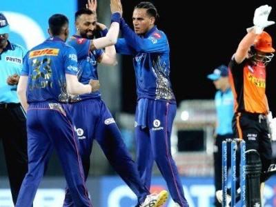 آئی پی ایل 2021: حیدرآبادکی لگاتار تیسری شکست ،ممبئی انڈینس کو  گیند بازوں نے دلائی جیت
