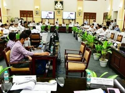 کرناٹک میں لاک ڈاؤن ضروری نہیں، نائٹ کرفیو کے اوقات میں تبدیلی نہیں، دفعہ 144 نافذ کریں؛  ریاستی حکومت کو اپوزیشن کے  مشورے