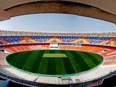 گجرات کے موٹیرا میں دنیا کے سب سے بڑے کرکٹ میدان 'نریندر مودی اسٹیڈیم' کا افتتاح
