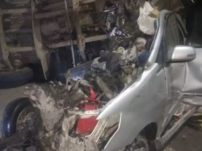 متھرا میں شدید سڑک حادثہ، مندر سے لوٹ رہے 7 عقیدت مند ہلاک