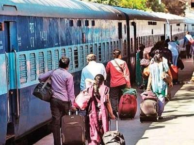 ریلوے نے مسافروں کو دیا شدید جھٹکا، ٹرینوں کے کرایہ میں اضافہ