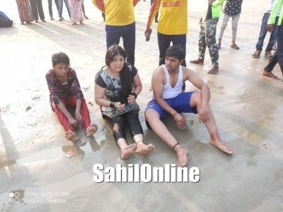 مرڈیشور سمندر میں ڈوب رہے 3 سیاحوں کو مقامی لوگوں نے بچا لیا