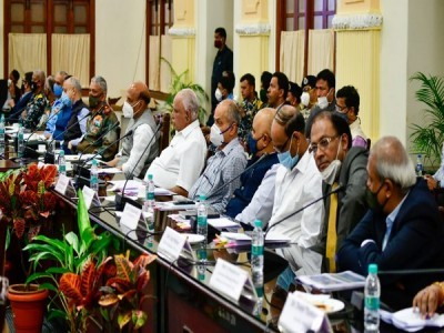 Rajnath Singh reviews preparation for Aero India 2021