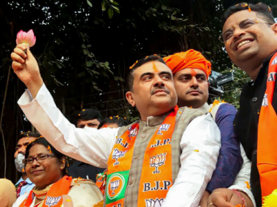 'Goli maaro...' slogan raised at Suvendu Adhikari's rally in West Bengal