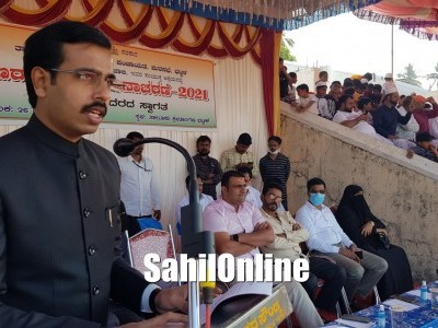 72nd Republic day: Bhatkal AC calls citizens to stand for country with unity and  brotherhood