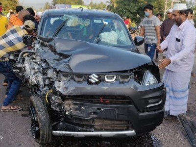 بھٹکل میں کار اور ٹمپو ٹریکس کی ٹکر؛ خاتون شدید زخمی