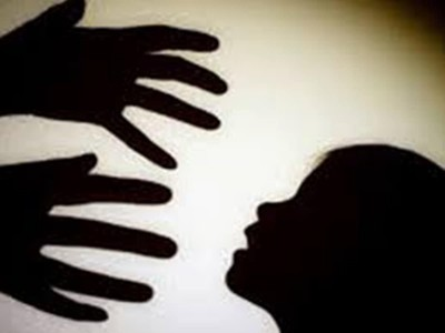 Not sexual assault if there is no 'skin to skin' contact: HC