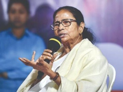 Centre's insensitive attitude, indifference to be blamed: Mamata on Delhi violence