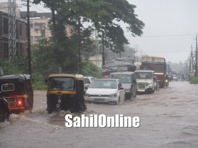 Heavy overnight rain leaves roads, houses inundated in Bhatkal