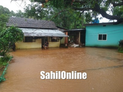 Rainwater enters houses in Mood Bhatkal leaves streets inundated, Bhatkal AC Mamata Devi visits affected areas
