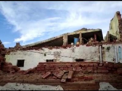 زوردار بارش  کے دوران مدھیہ پردیش کے بھِنڈ  میں ڈسٹرکٹ جیل کی دیوار منہدم، 22 قیدی زخمی، 2 کی حالت نازک