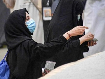 خاتون عازمین حج کے لیے سعودی حکومت کا بڑا فیصلہ، محرم کے بغیر حج و عمرہ کا راستہ صاف