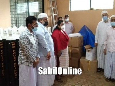 Bhatkal Assistant Commissioner visits Rabita Society; inspects oxygen cylinders