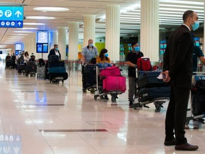 Covid: Dubai eases travel restrictions for passengers from India, other countries