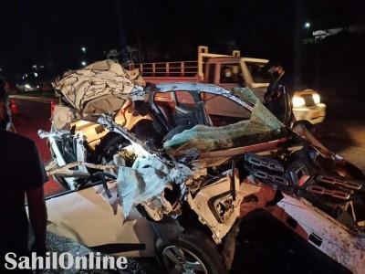 ہاسن نیشنل ہائی وے پر تیز رفتار کار کی پیچھے سے لاری کو ٹکر؛ تین ہلاک ایک شدید زخمی