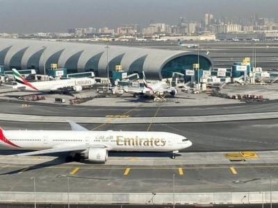 کئی ممالک سے آنے والی پروازوں کے مسافروں کا متحدہ عرب امارات میں داخلہ بند