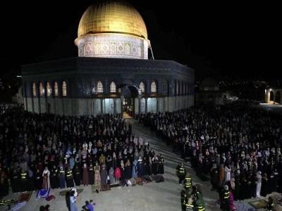 فلسطین میں اسرائیلی فضائی حملے جاری؛ شہید ہونے والوں کی تعداد 119 کو پہنچ گئی؛ بمباری کے باوجود قبلہ اول میں فرزندان توحید نے ادا کی عید الفطر کی نماز