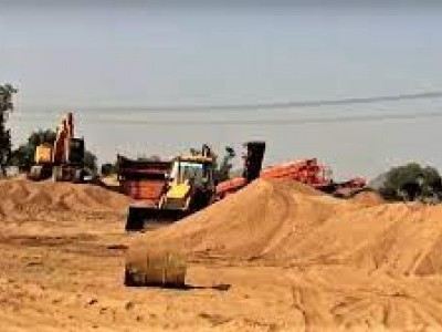 6 held for illegal sand-mining