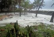 بھٹکل سمیت ساحلی کرناٹکا میں 'ٹاوکٹے' طوفان  کا اثر؛ طوفانی ہواوں کے ساتھ  جاری ہے بارش؛  کئی مکانوں کی چھتیں اُڑ گئیں، بھٹکل میں ایک کی موت