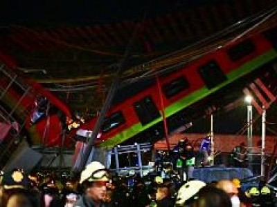 15 dead, 70 injured after overpass in Mexico City metro collapses onto road