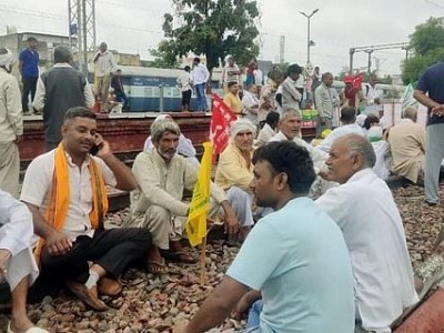 Several 'rail roko' protesters booked in Haryana for blocking tracks