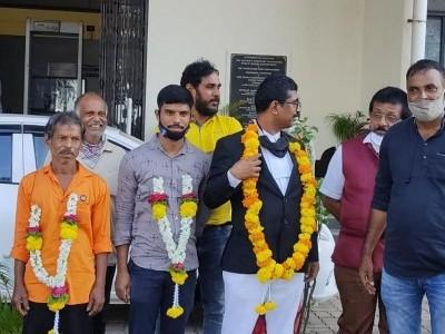 Journalist Vittala Malekudiya, father acquitted by Mangaluru court over alleged links to Naxals