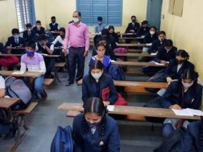 دسہرہ کی چھٹیوں کے بعد  کرناٹک   میں اسکولوں کا باقاعدہ آغاز