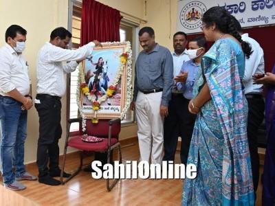 Kittur Rani Chennamma jayanti celebrated in Karwar Uttara Kannada
