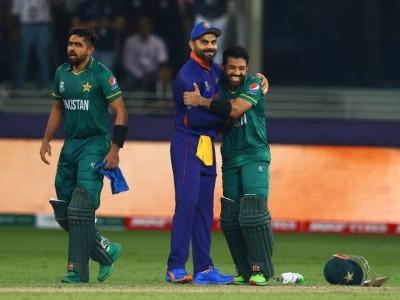 ٹی-20 ورلڈ کپ: پاکستان نے ہندوستان کو 10 وکٹوں سے شکست دی
