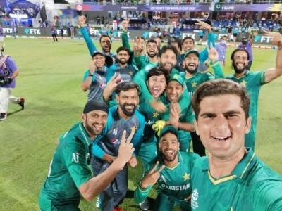T20 WC: Asif Ali fires Pakistan to thrilling win over New Zealand