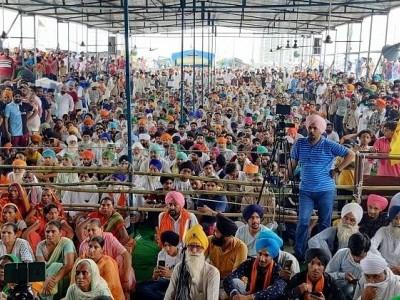 دہلی کی سرحدوں پر ایک بار پھر کسان تحریک پکڑے گی رفتار!