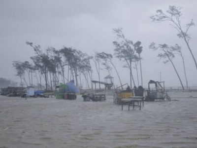 Cyclone Gulab to make landfall today, Met department issues alert for Andhra, Odisha